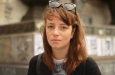 chloe-portrait-inconnu-place-de-la-republique-interview-infirmiere-photo