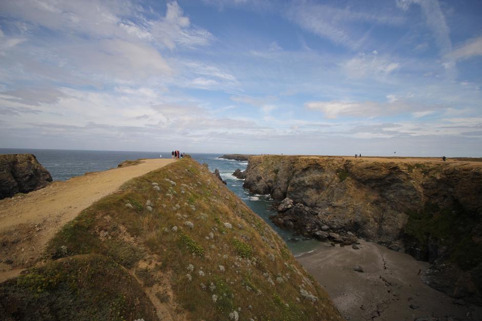 belle-ile-en-mer-bretagne-cotes-rochers-1