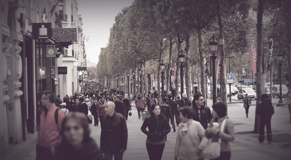 foule-champs-elysees